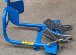 motorbike-wheel-clamps-for-vans_10975