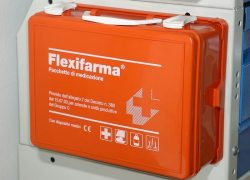 first-aid-kit_6054